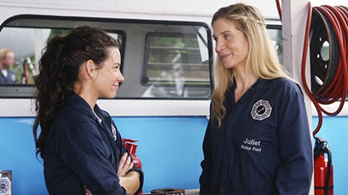 Awkward! Kate and Juliet in the mechanics pool
