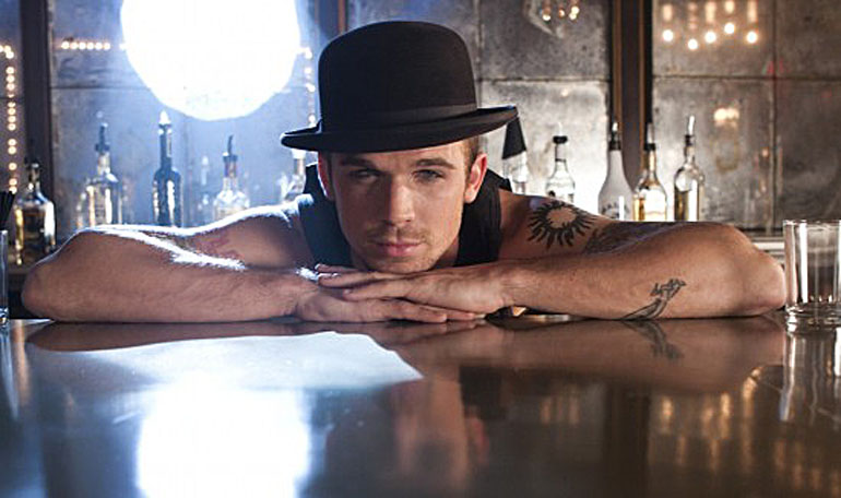 http://susansternberg.files.wordpress.com/2010/11/fixed-cam-gigandet-burlesque-bartender.jpg