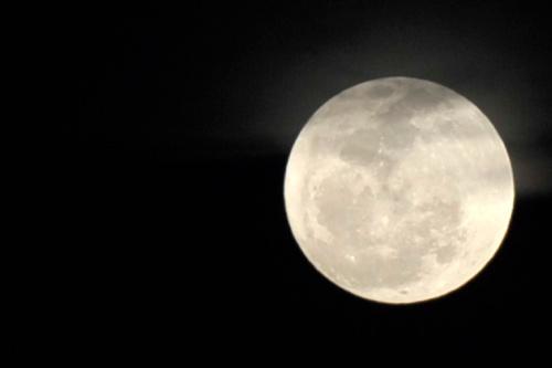 The moon was slightly golden last night.