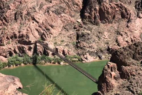 fb-#4286-(colorado-river-bridge)